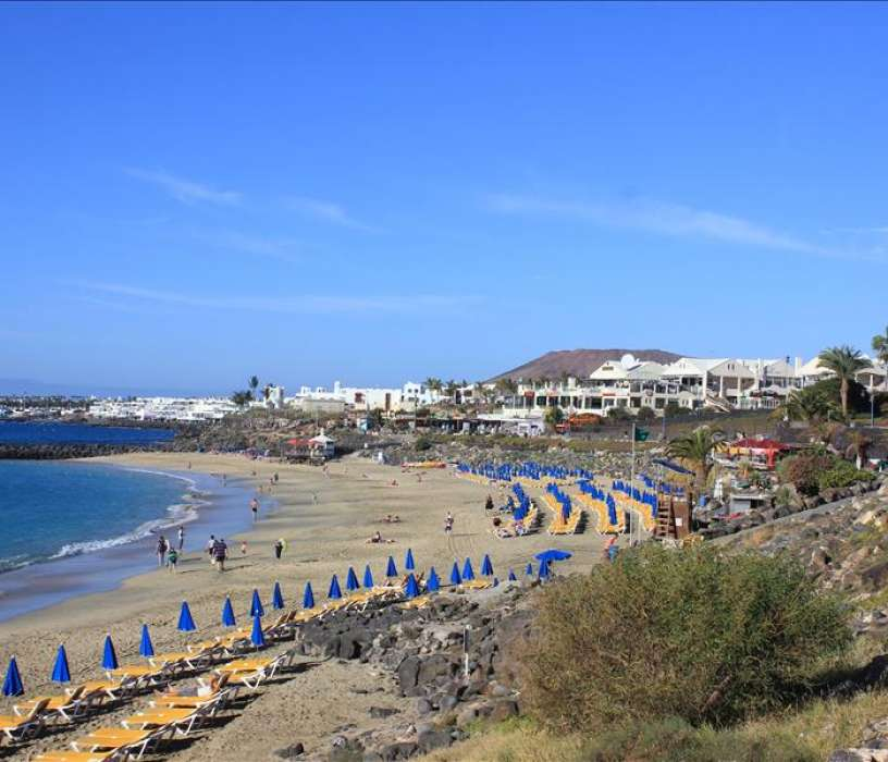 Playa Dorada Beach in Playa Blanca