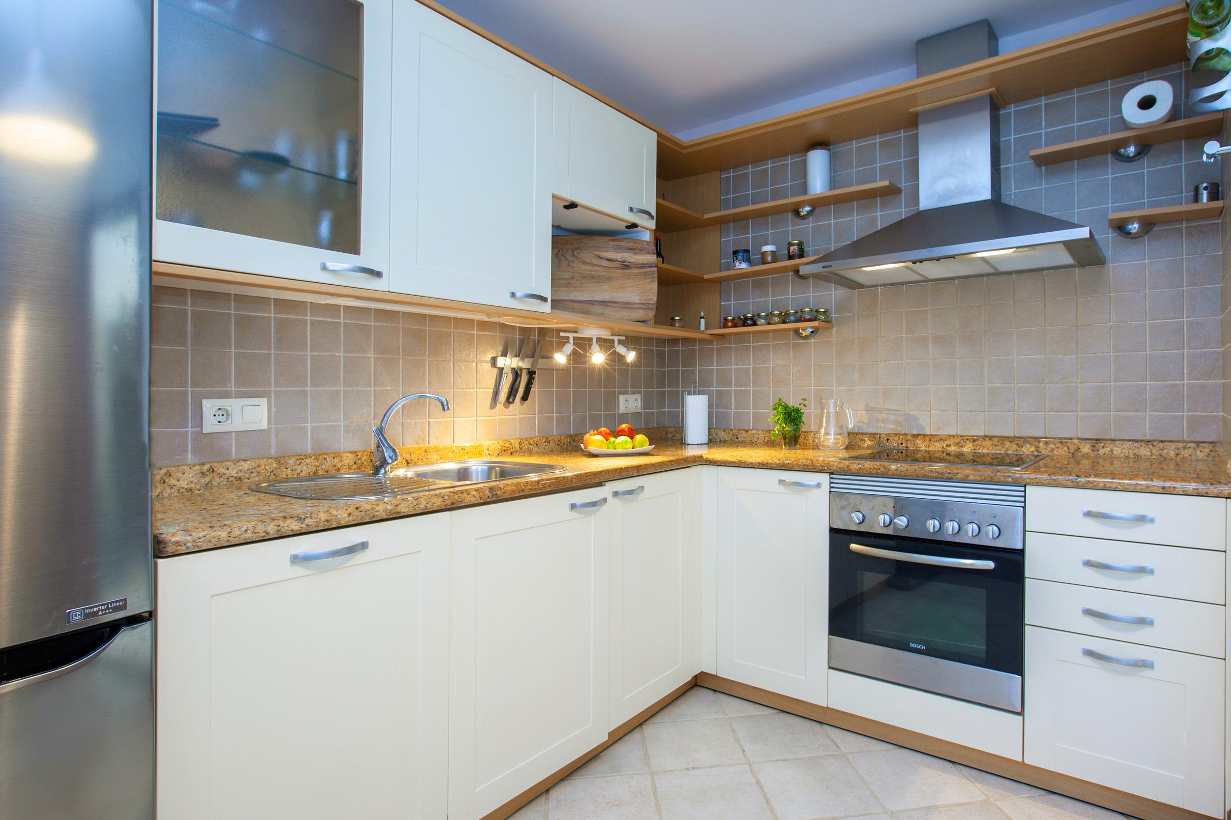 Villa LVC311041 Kitchen