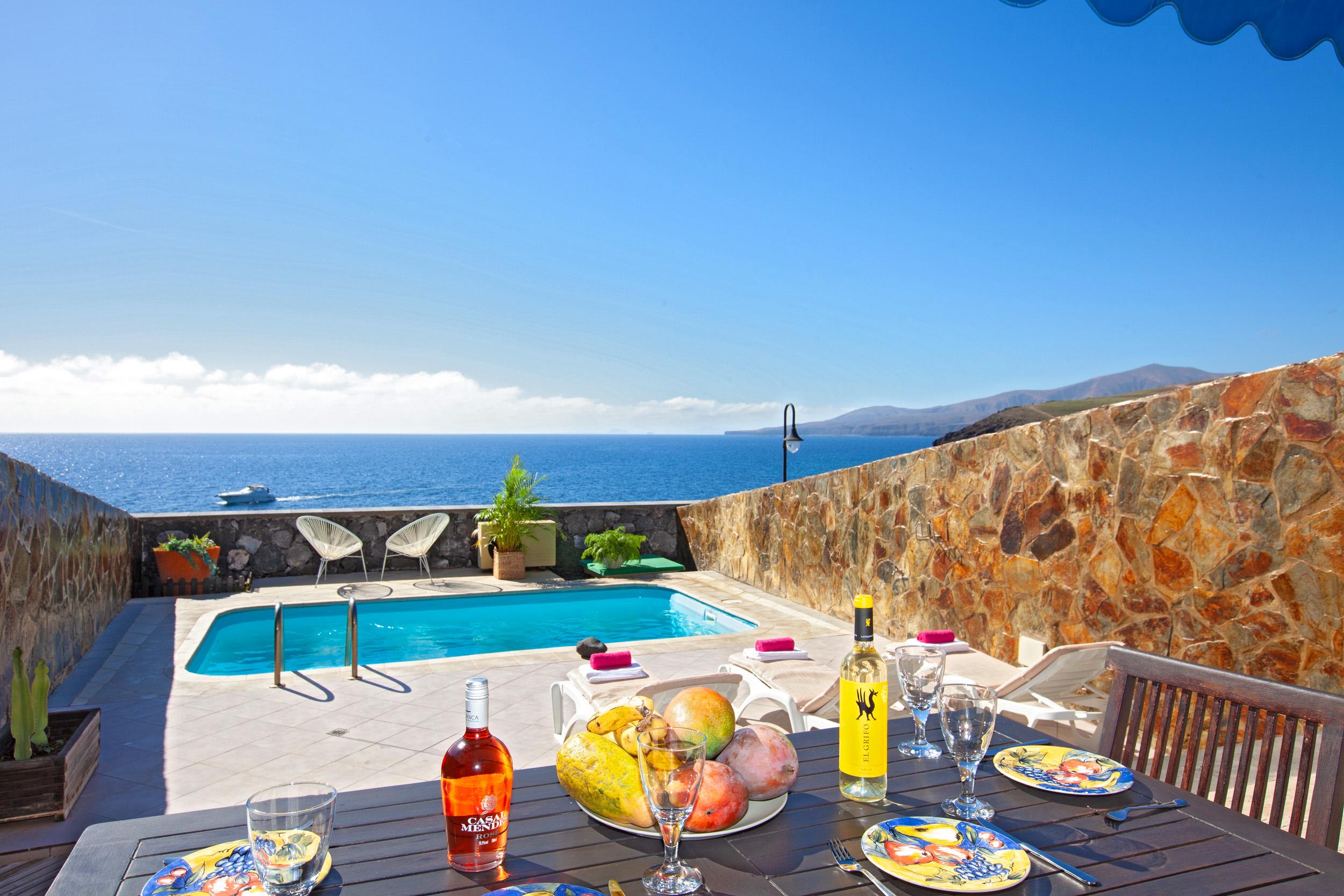 Villa LVC311041 Puerto Calero Villa with sea views