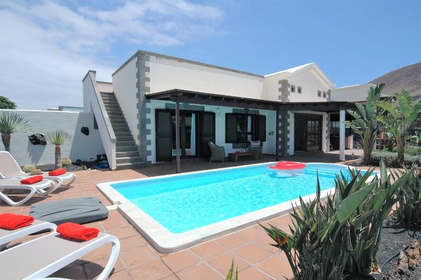 Villa LVC299788  2 bedroom villa Playa Blanca