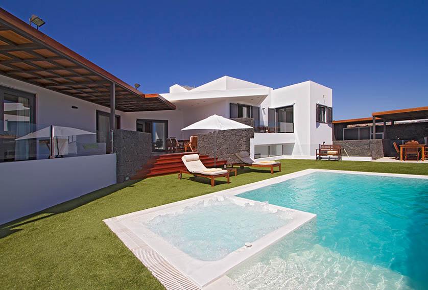 Villa LVC196805 4 bedroom villa Puerto Calero
