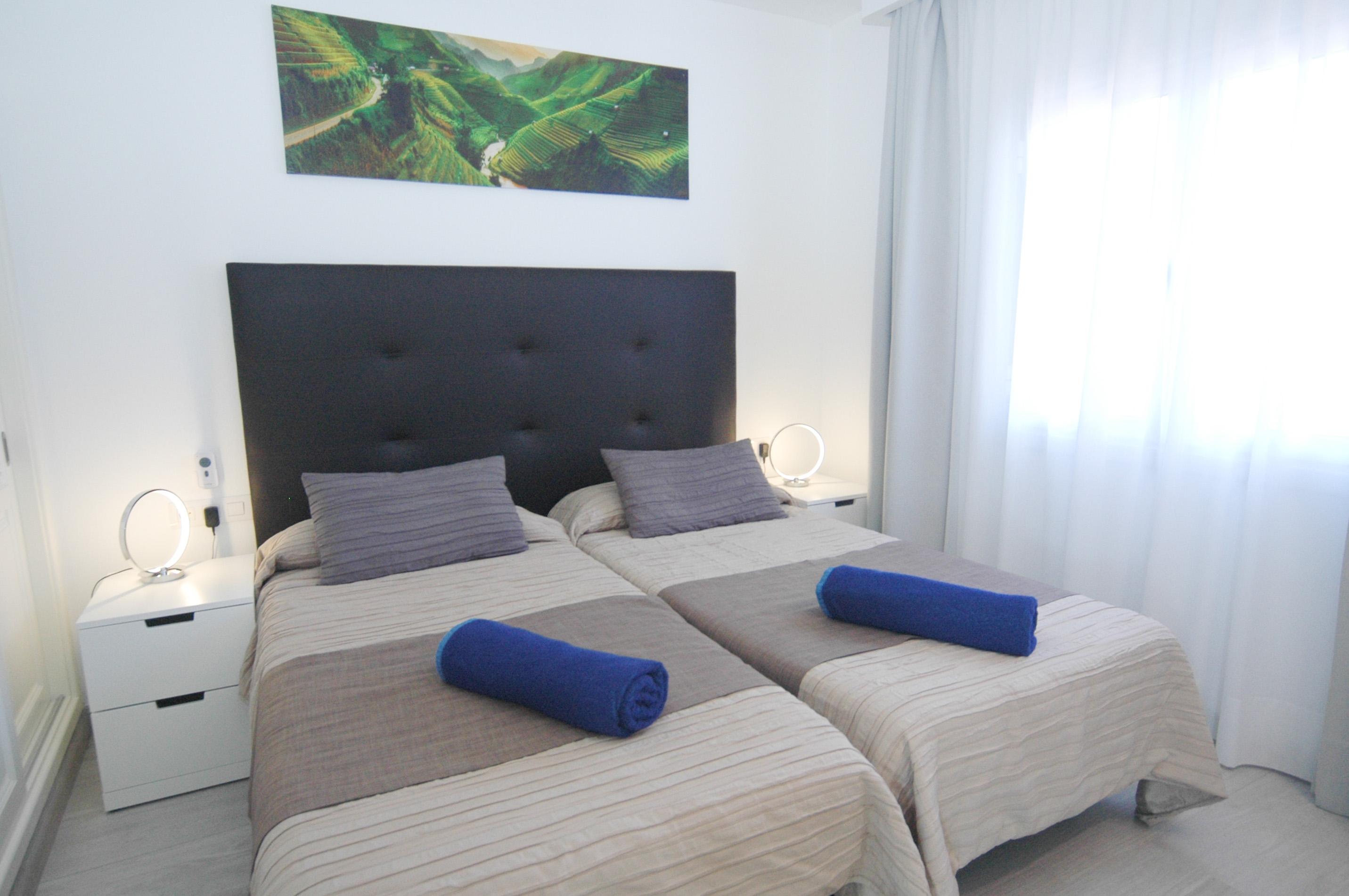 LVC327328 Bedroom