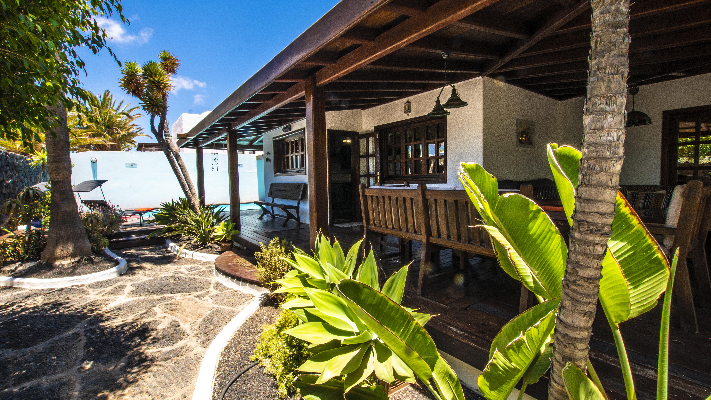 LVC210178 Villa and terraces