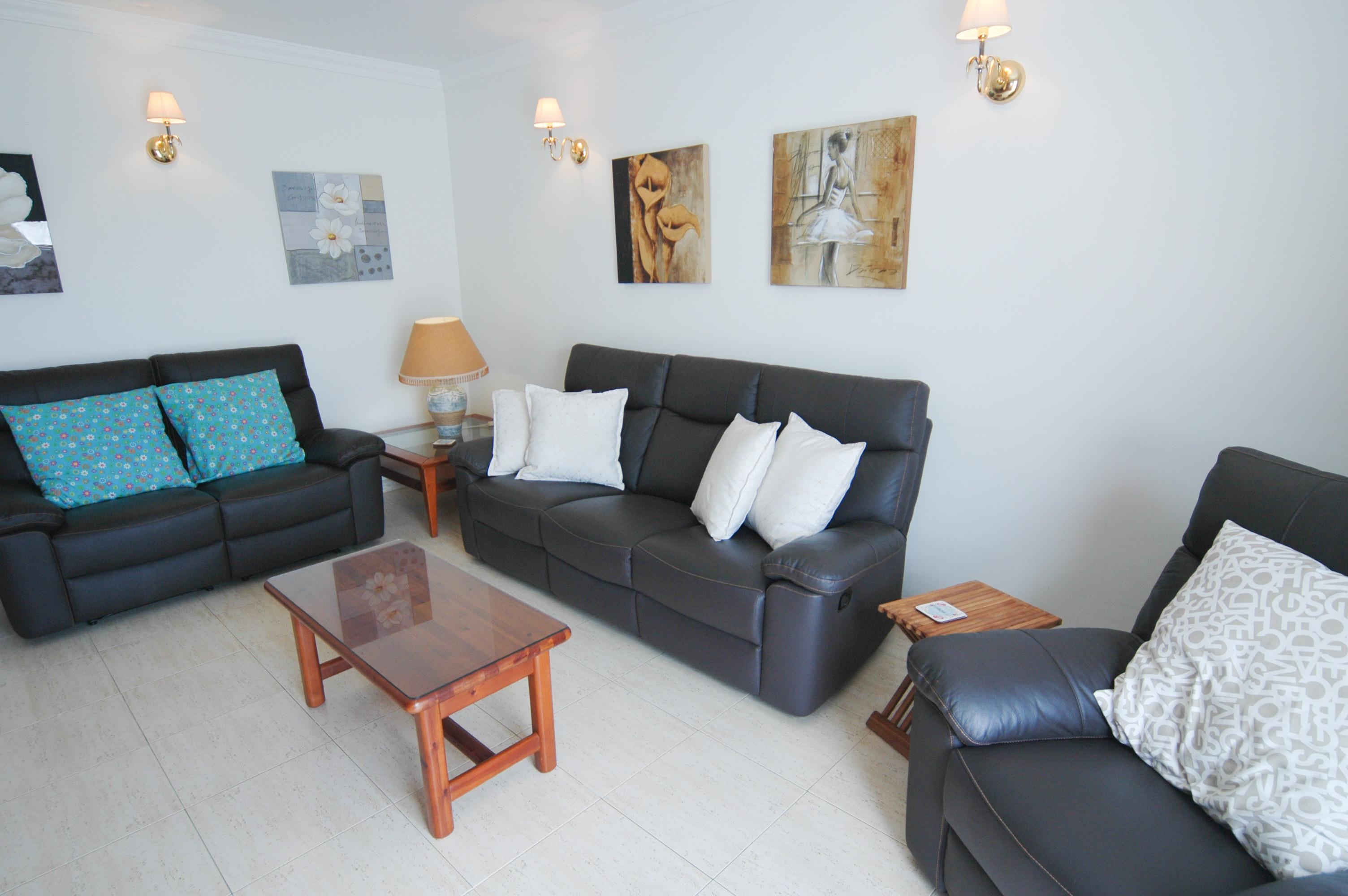 LVC212405 living area