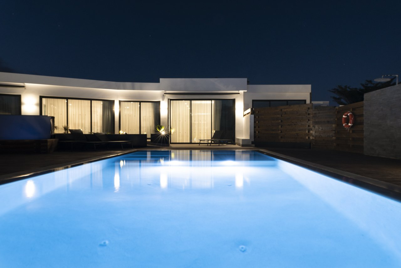 Villa LVC33064 Pool at night