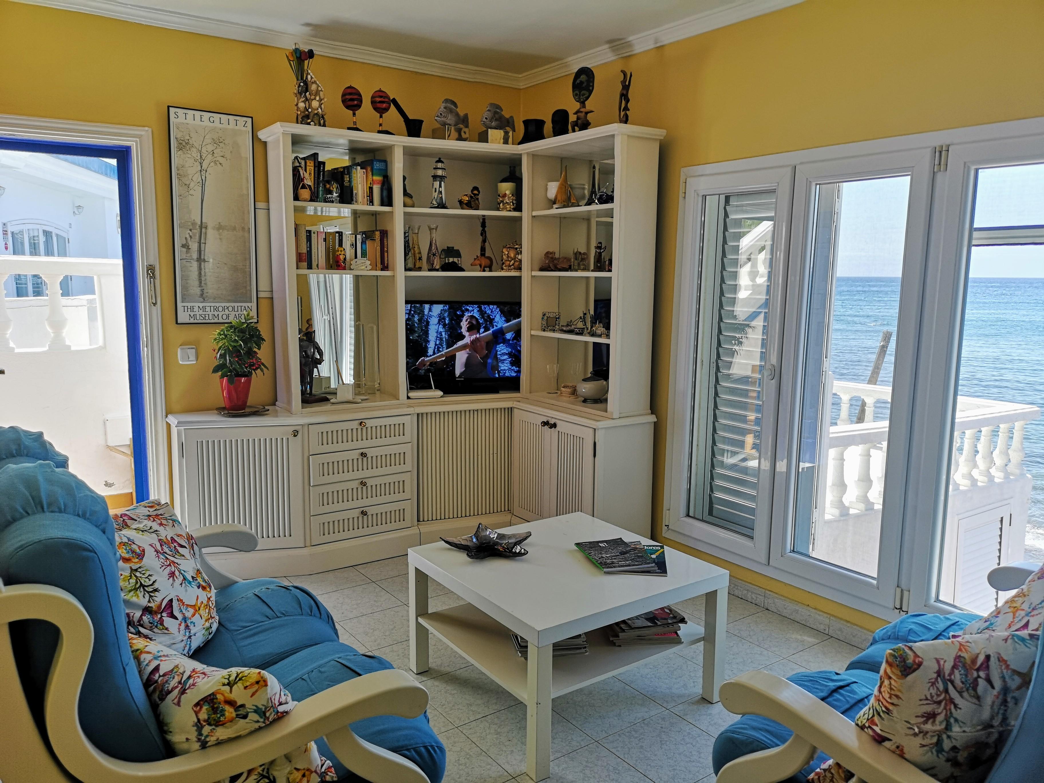 LVC328662 Living room with sea views