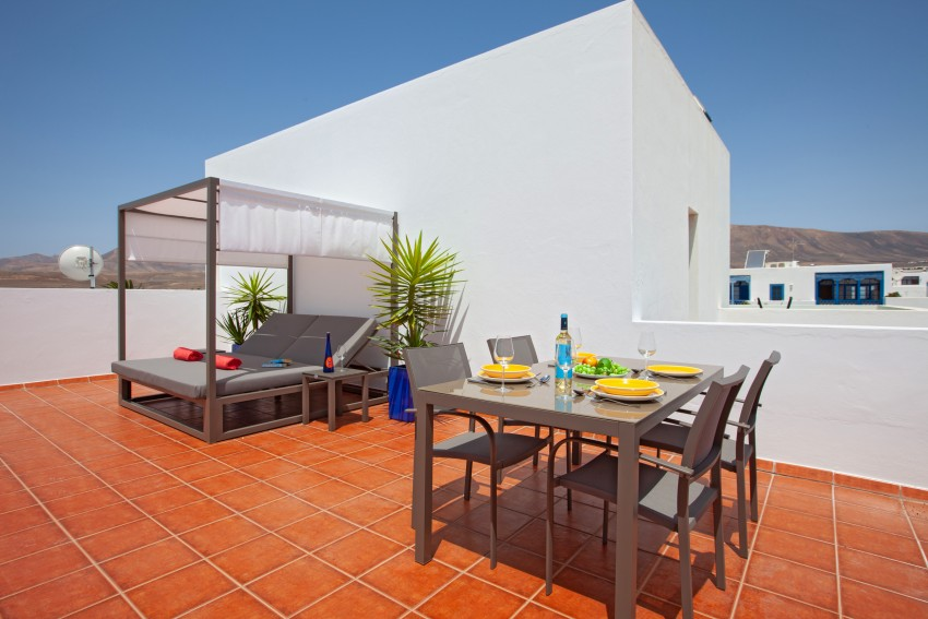 Roof Terrace with moutain and sea views LVC311411