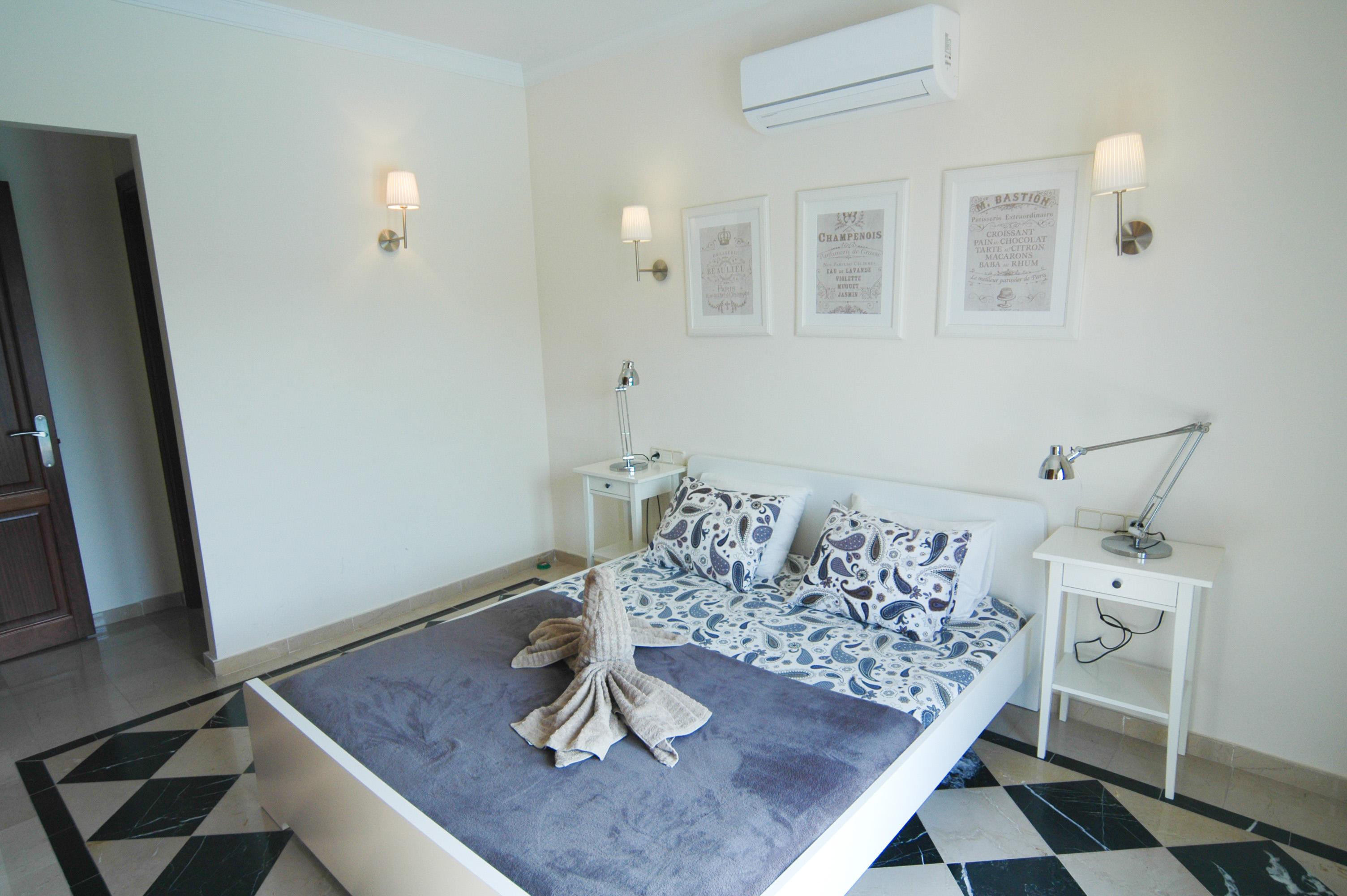 LVC333174 Double bedroom with en suite