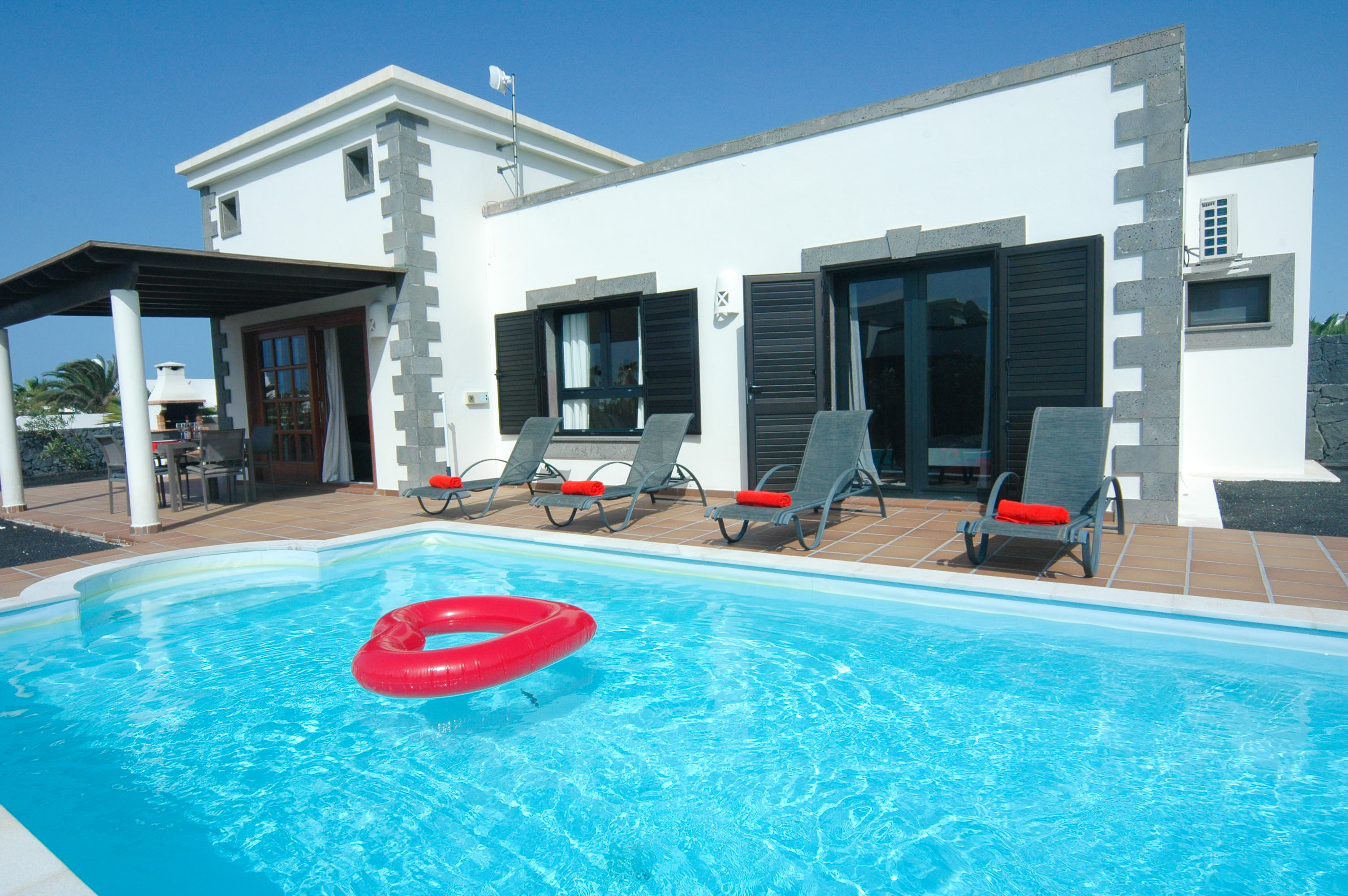 LVC333174 Villa with heated pool in Playa Blanca