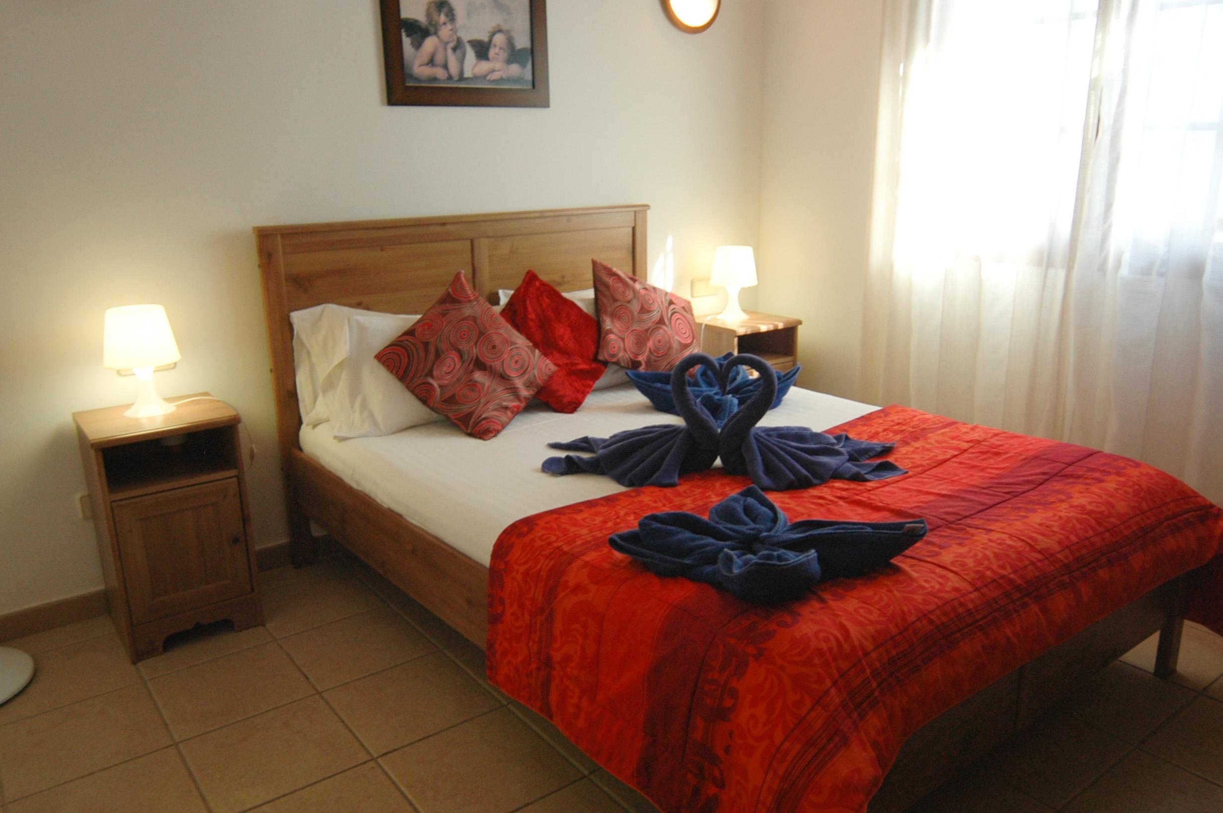 LVC334687 Double bedroom