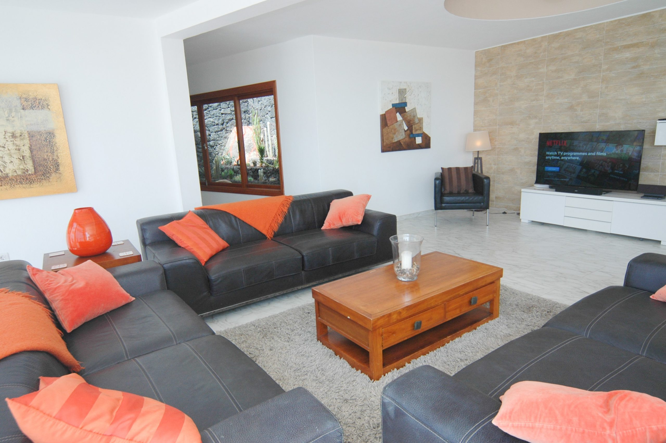 LVC216123 Lounge
