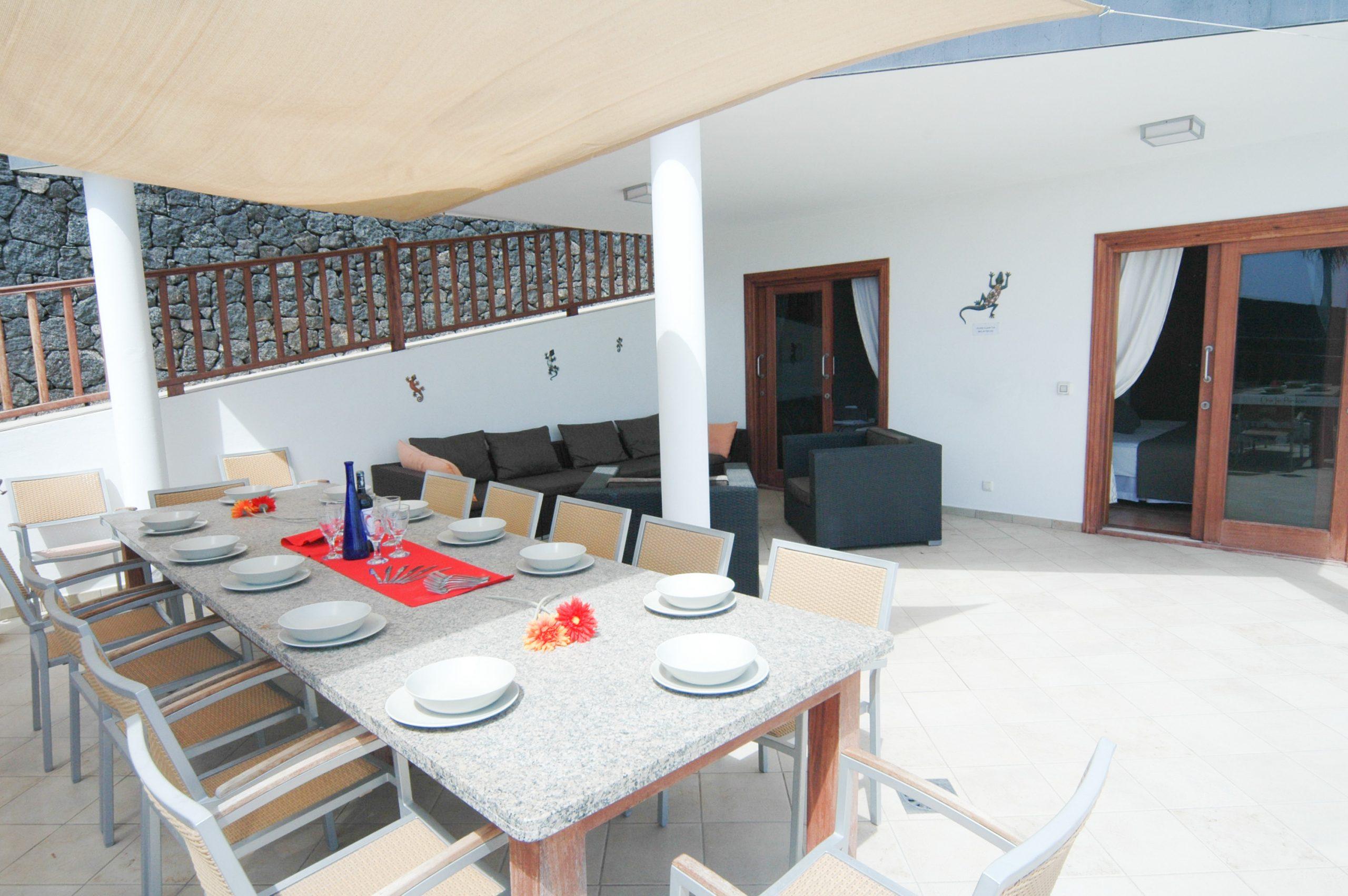 LVC216123 Holiday villa and terrace area