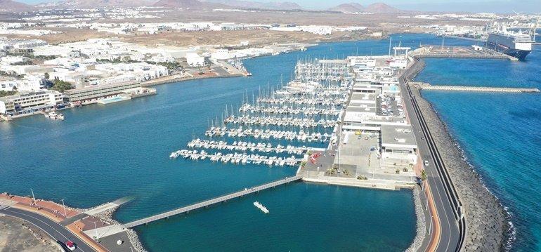 Cruise ships in Lanzarote
