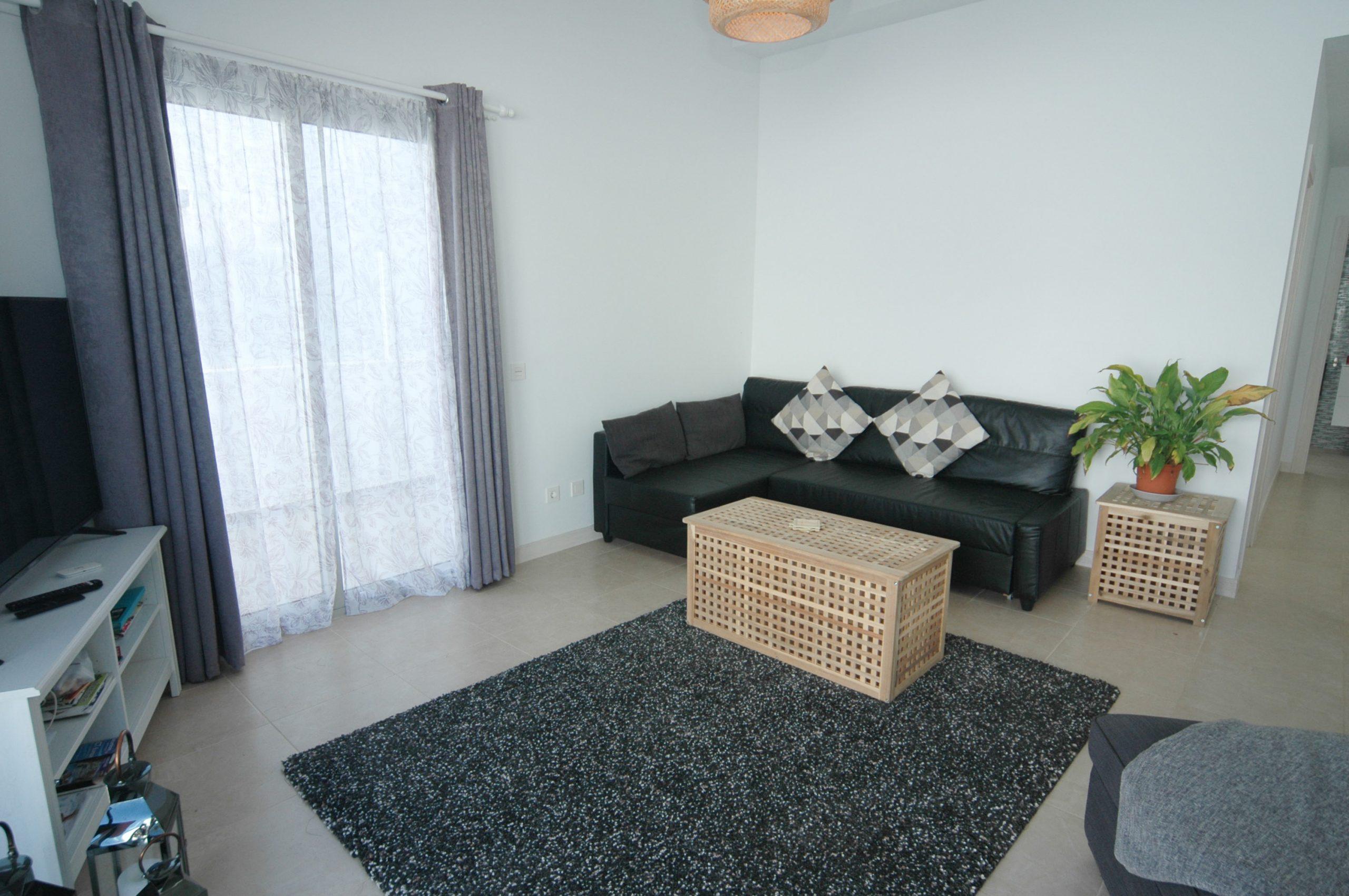 LVC338233 Lounge