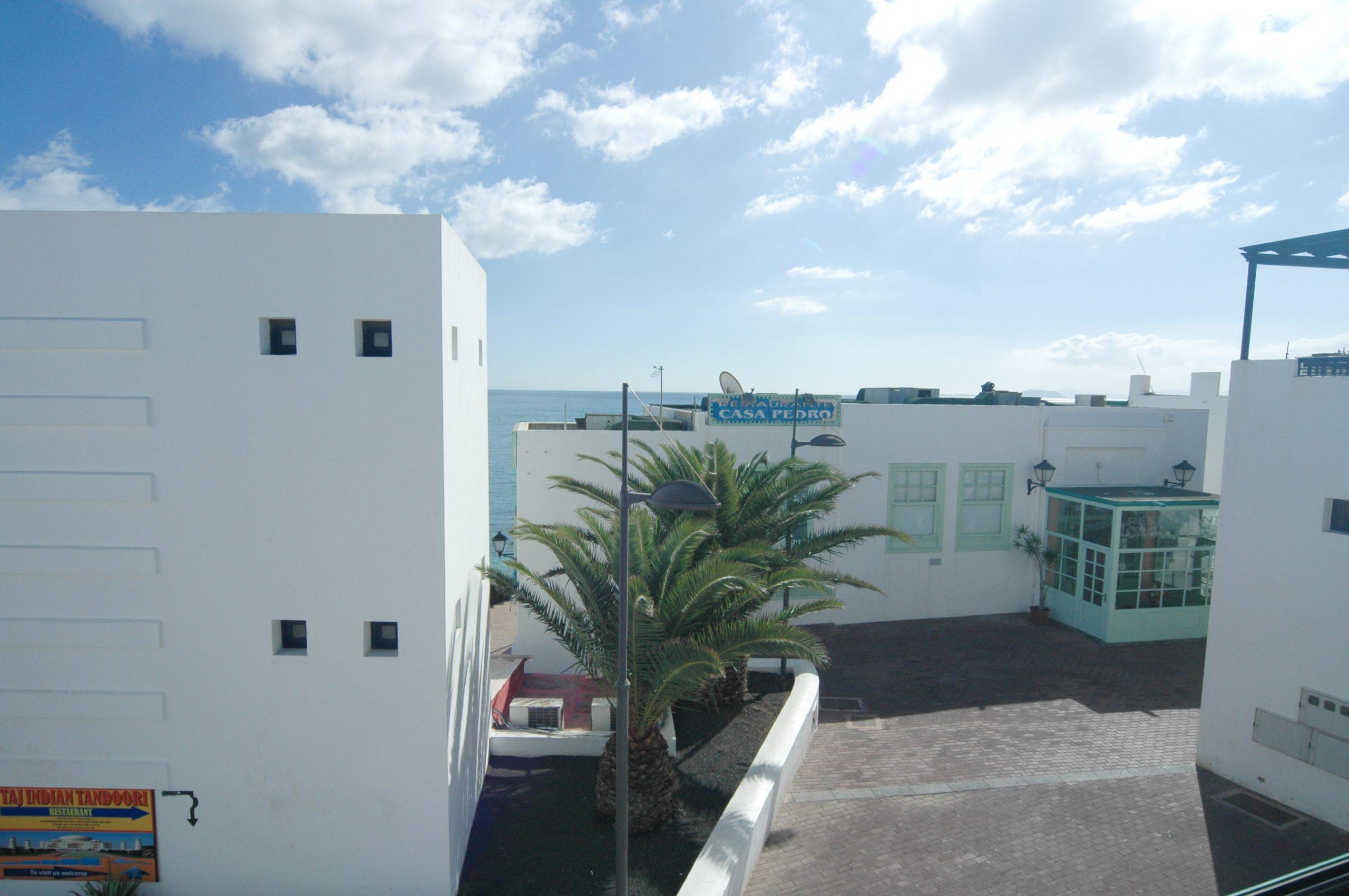 LVC338268 Sea View