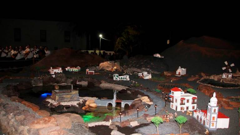Excursion to visit nativity scenes