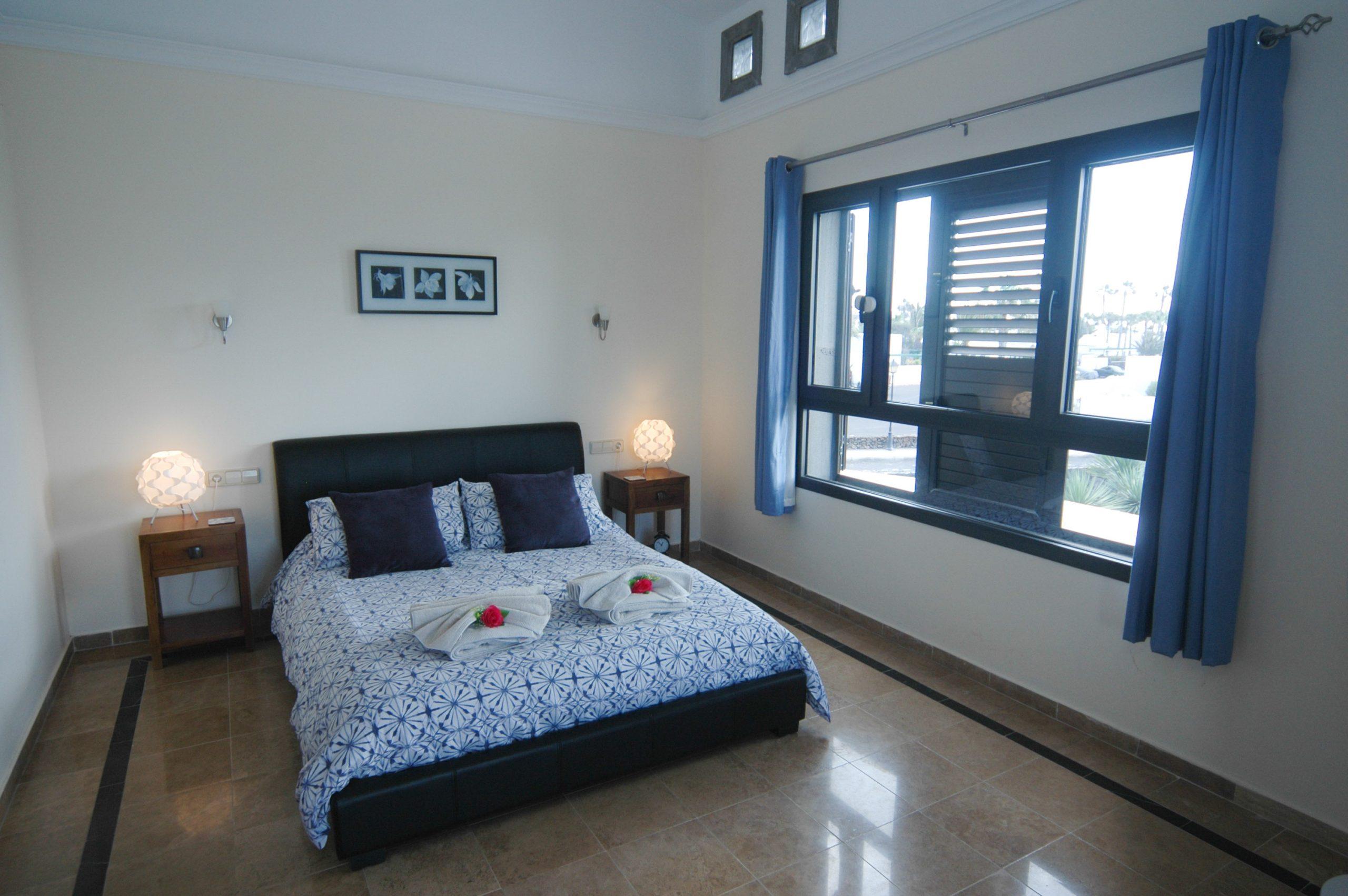 Villa_LVC338912 - Playa Blanca Villa master bedroom with en suite