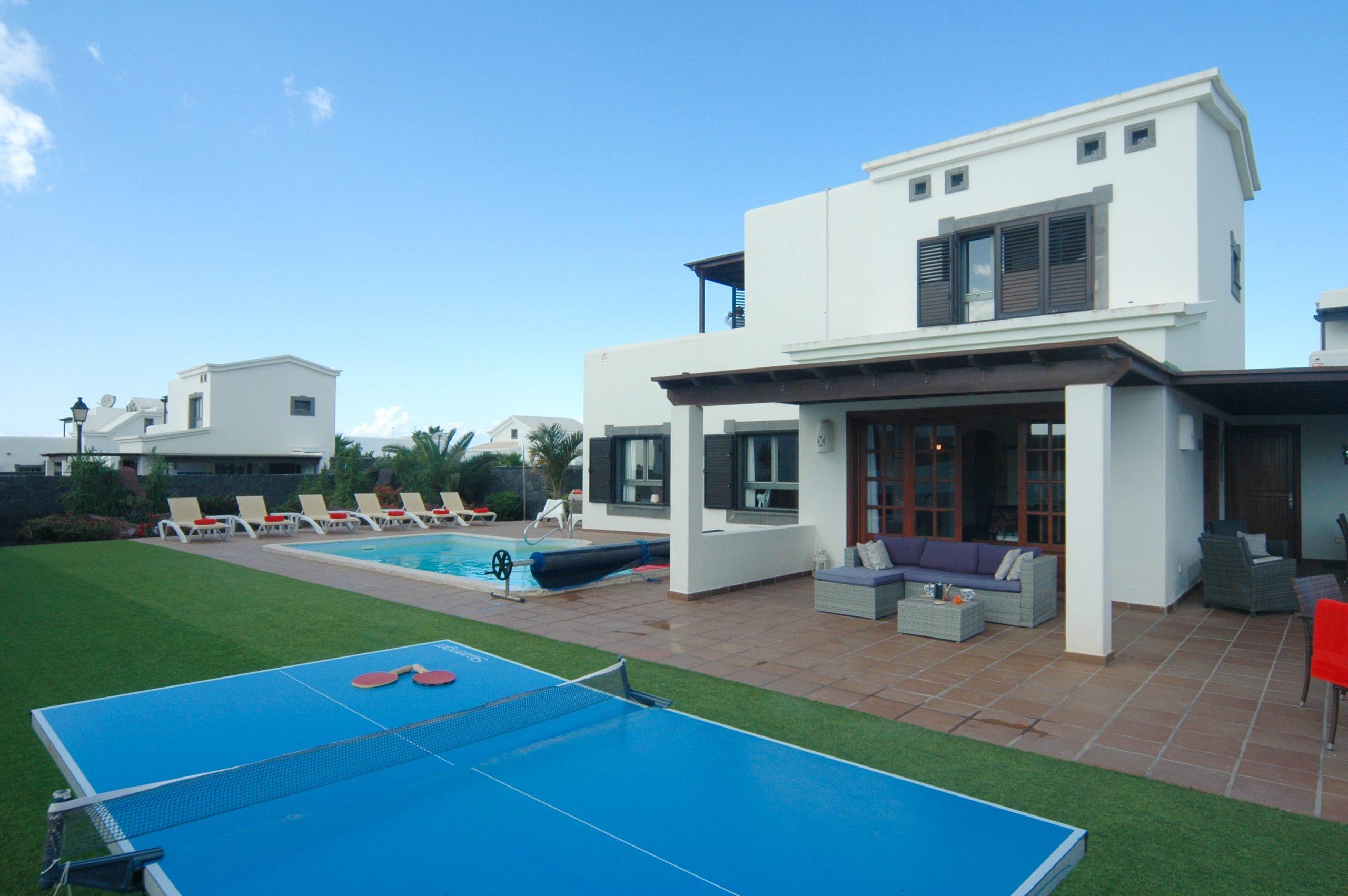 Villa_LVC338912 - Playa Blanca Villa with table tenis