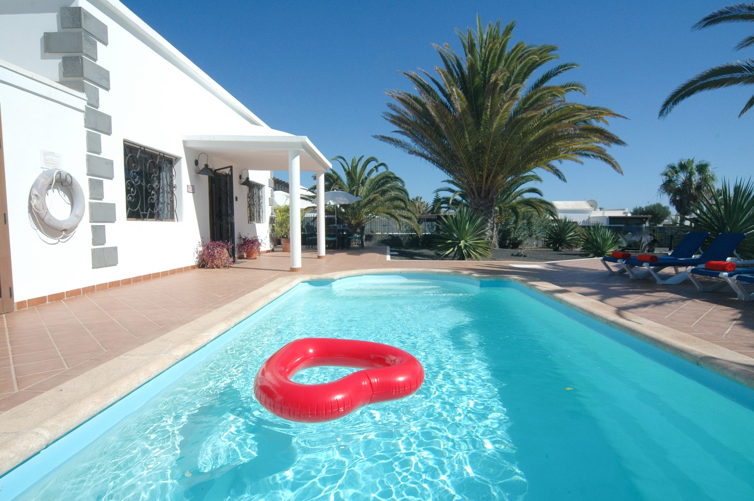 LVC200828 Holiday Villa with 4 bedrooms and hottub