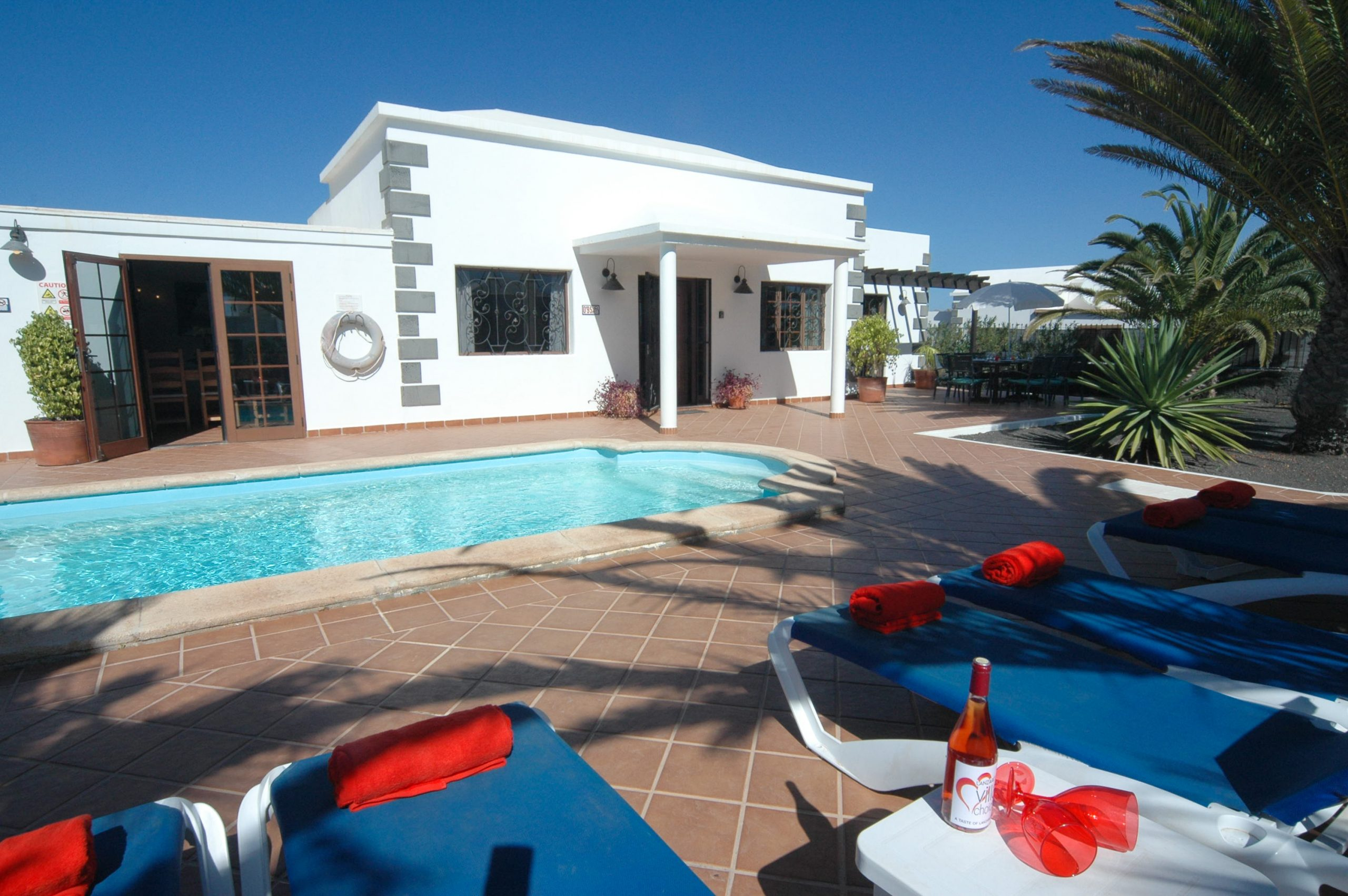 LVC200828 Great villa in Playa Blanca