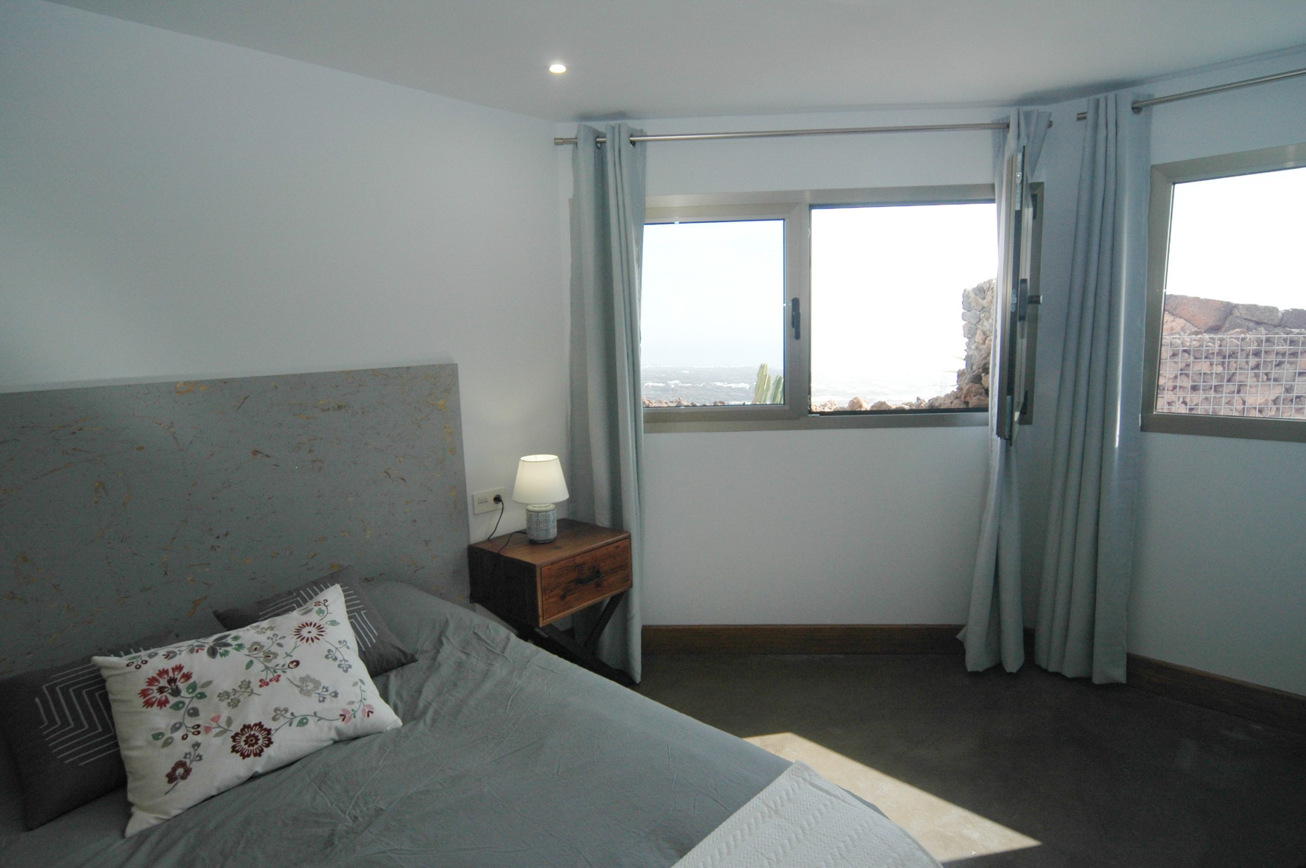 LVC339887 Bedroom with panoramic views