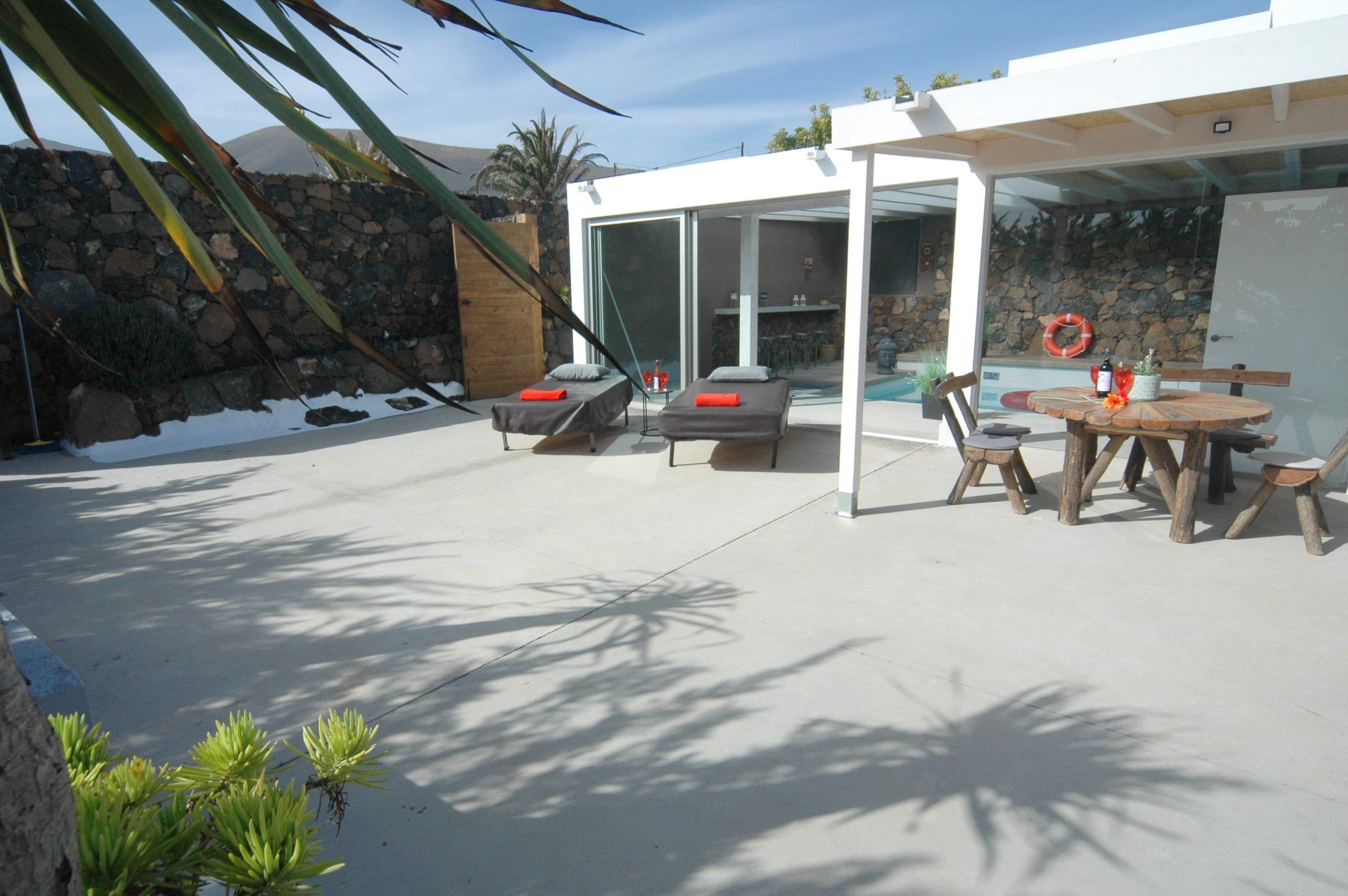 LVC339887 Spacious terrace area