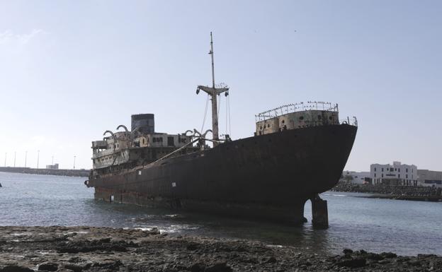 The Telaman wreck remains at Las Caletas
