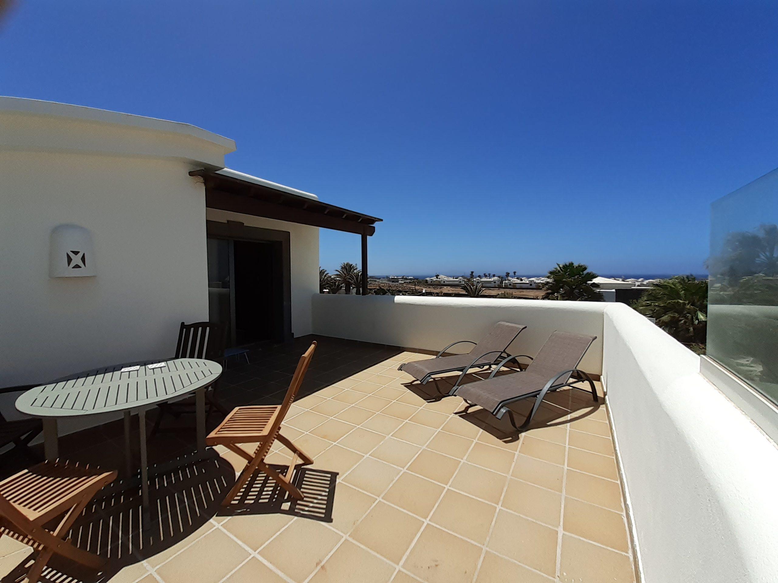 LVC197470 Roof Terrace