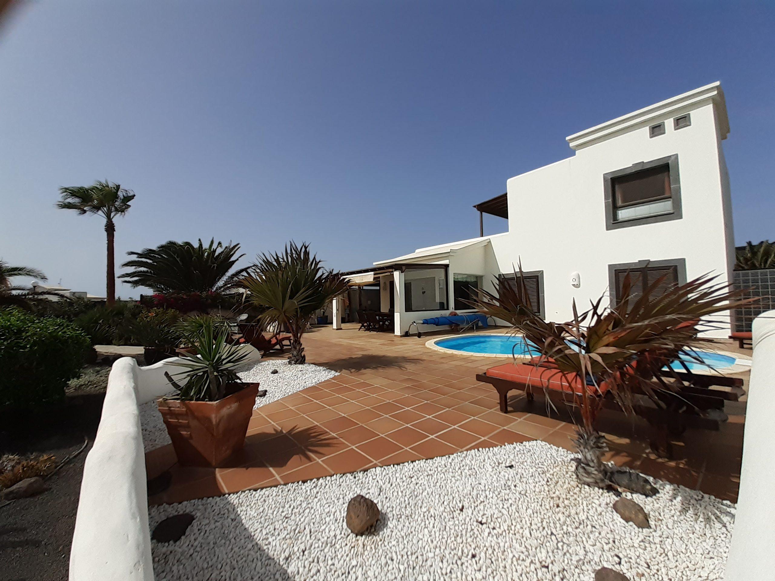 LVC197470 Villa And Pool