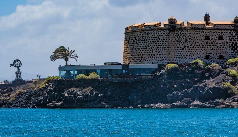 Castillo de San José Restaurant Recommended in Repsol Guide