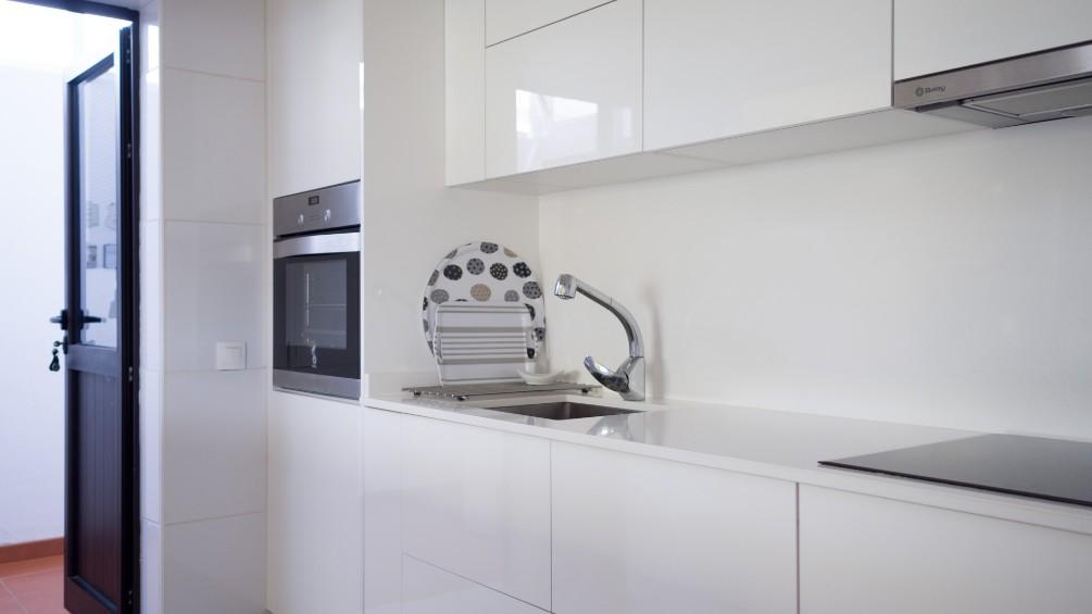 Bungalow LVC281800 Modern kitchen
