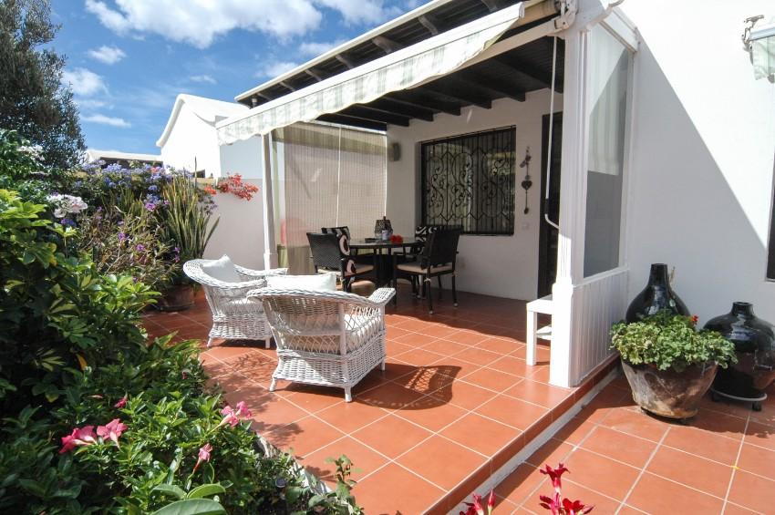 Bungalow LVC281800 2 bedroom self catering Puerto del Carmen