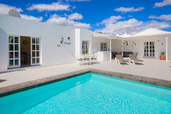 LVC196688 Heated pool and 4 bed villa