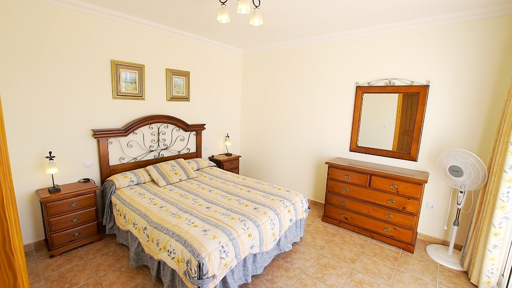 LVC196693 Main double bedroom