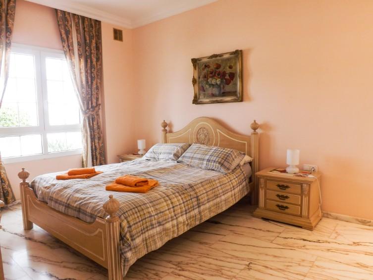 LVC196740 Double bedroom