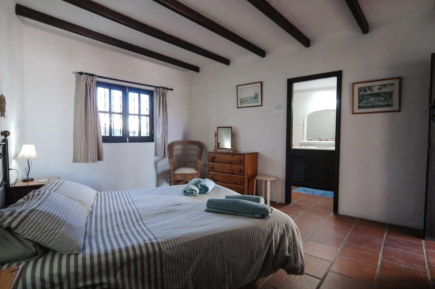 Villa LVC197473 Double bedroom with traditional beams