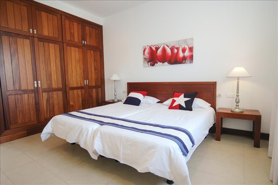 LVC198331 third bedroom