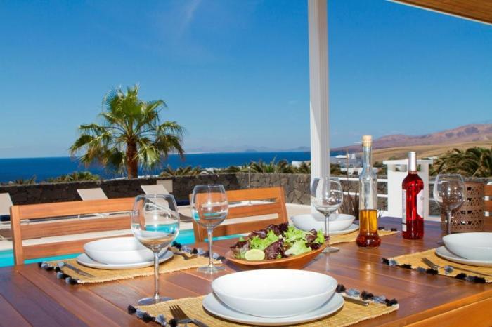 Villa LVC198365 Dine with sea views