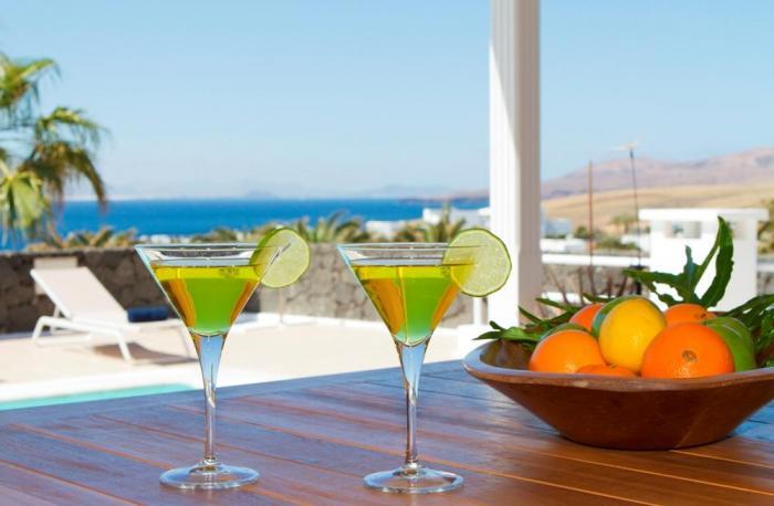 Villa LVC198365 Cocktails on the terrace