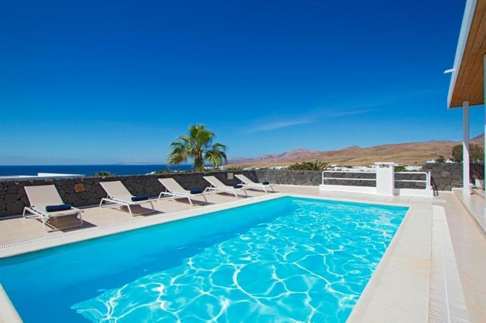 Villa LVC198365 Pool with mountain and sea views