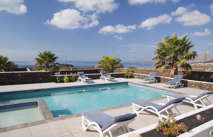 Villa LVC198416 Lanzarote villa with sea views