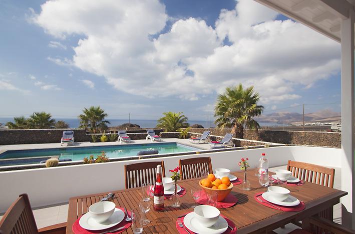 Villa LVC198416 4 bedroom villa with sea views