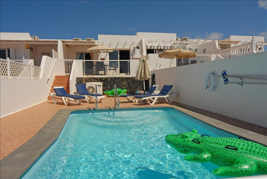 Puerto del Carmen Holiday Villa with private pool