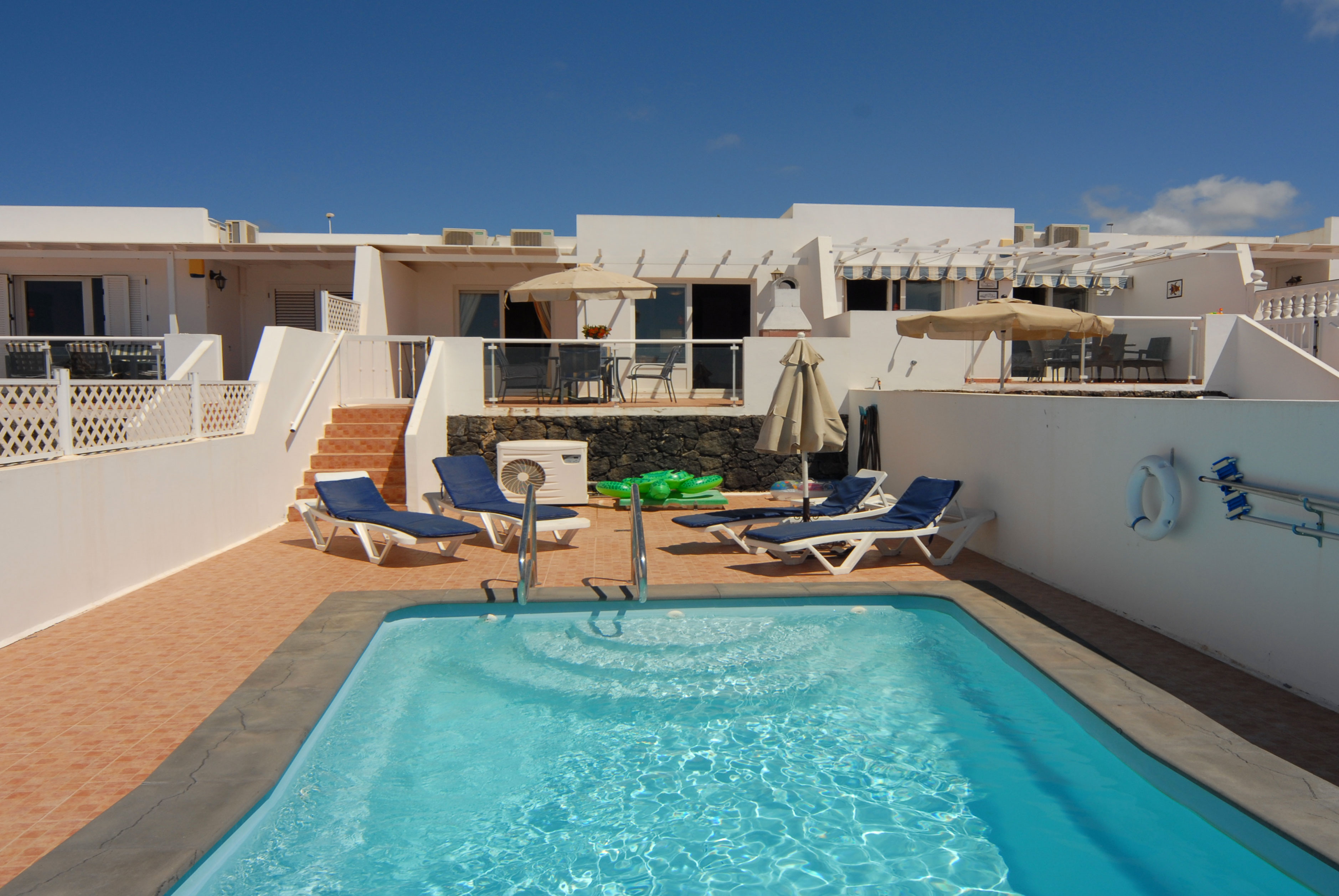 Puerto del Carmen Holiday Villa with gated pool