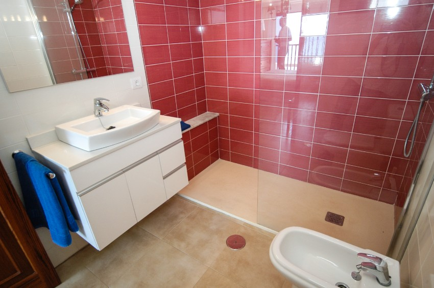 Villa LVC198554 Modern bathroom with walk in shower