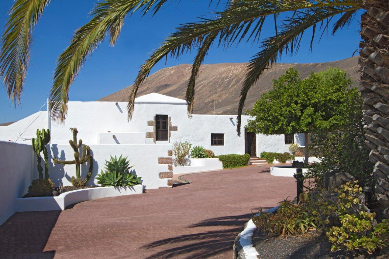 LVC198556 Lanzarote holiday Villa with private pool