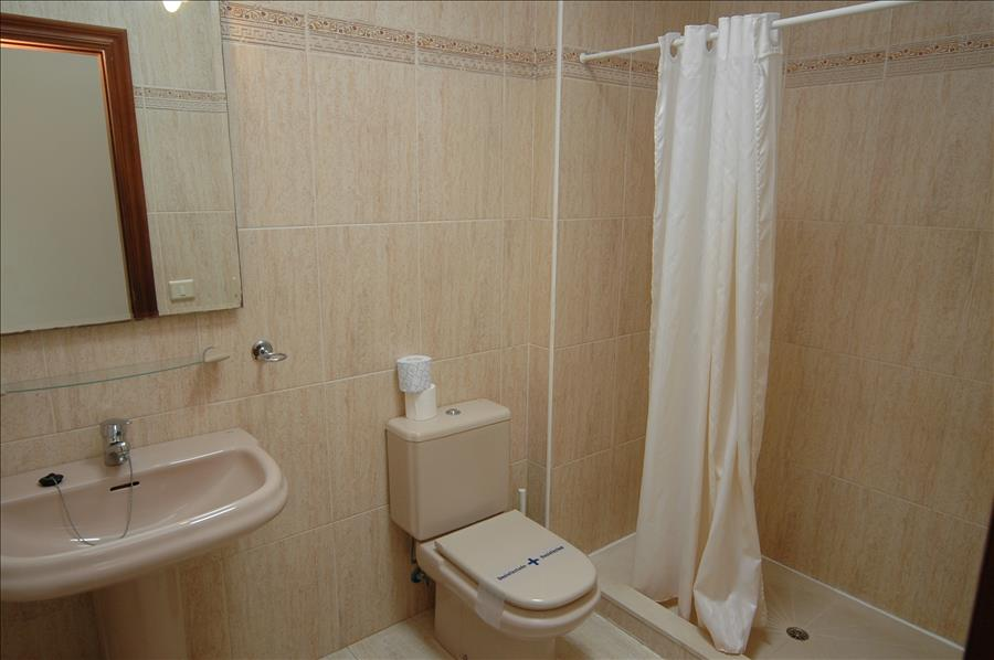 Villa LVC198990 - En suite shower room