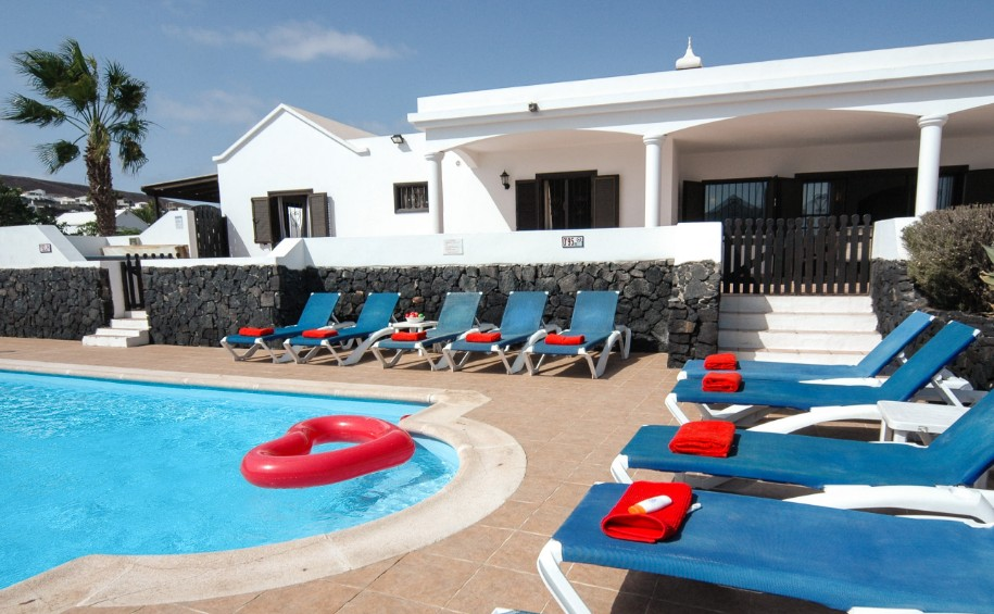 LVC200823 5 bedroom villa in Playa Blanca