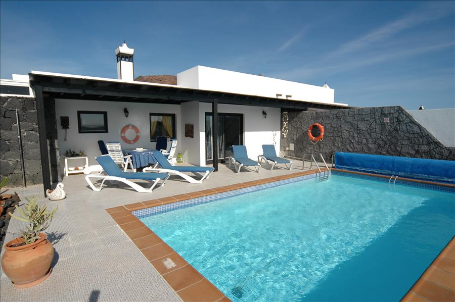 Villa LVC200843 2 bedroom villa in Playa Blanca