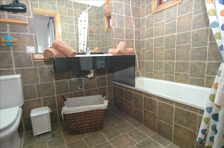 Villa LVC200843 Bathroom
